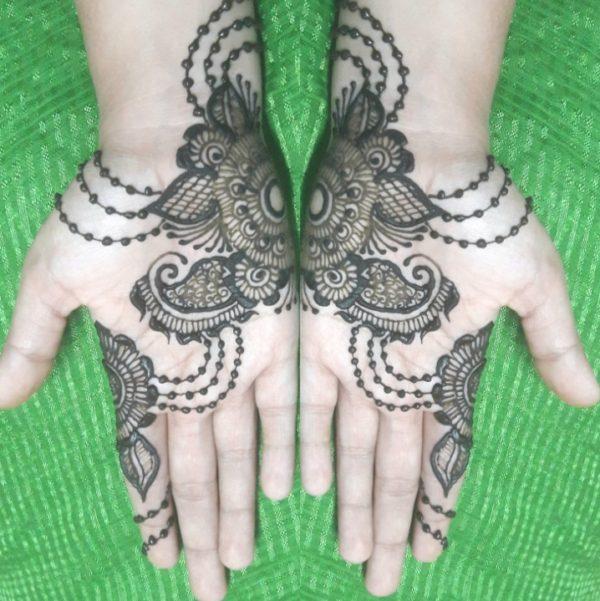 stylist henna